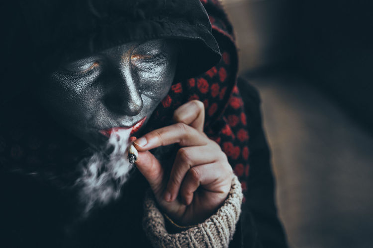 Smoke Smoking Mask Mask - Disguise Cigarette  Human Hand Holding Human Body Part Adult Adults Only Portrait One Person Only Women People One Woman Only One Young Woman Only Close-up Press For Progress This Is My Skin The Portraitist - 2018 EyeEm Awards Urban Fashion Jungle Autumn Mood