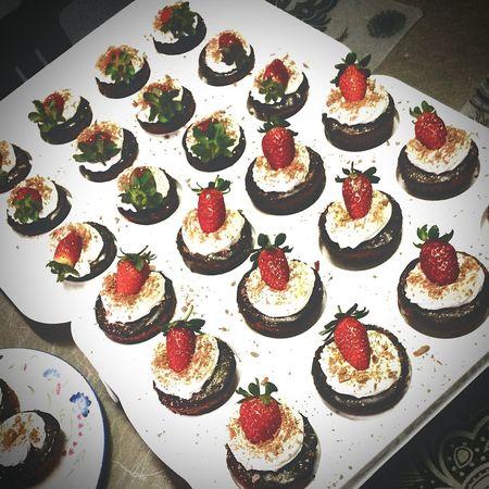 Chocolate♡ Cupcakes Chocolate Sauce Strawberries & Cream 🏊 👙 🌞 First Eyeem Photo
