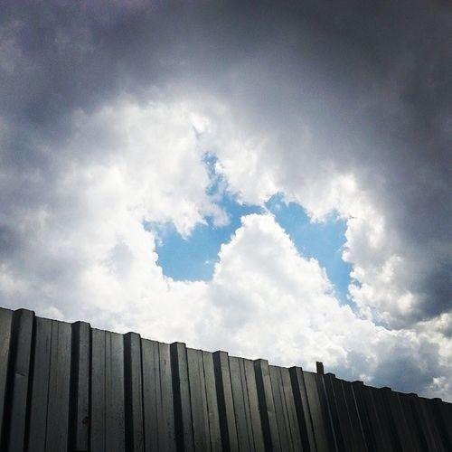 Gokyuzu Clouds Bulutlar Mavibeyaz isyan ozgurluk sonzuluk blueandwhite whiteblue smoke hava hapis