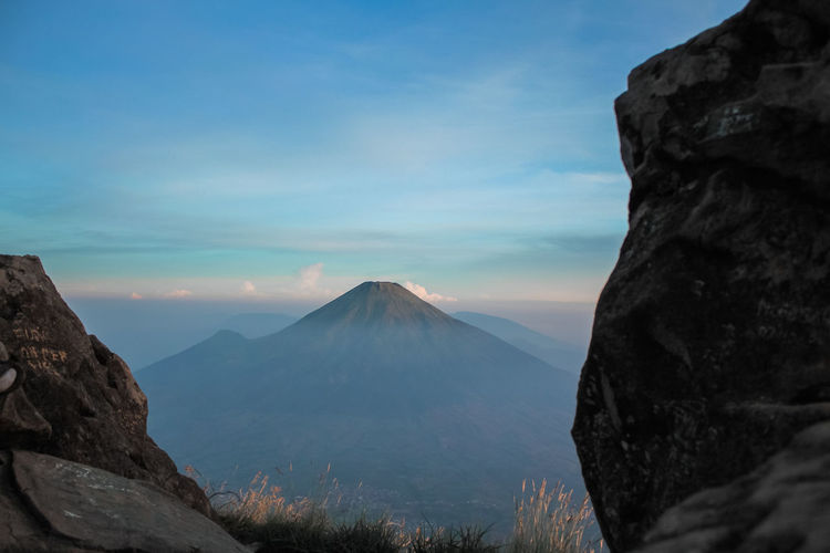 diantara dua batu Beauty In Nature Cloud - Sky Environment Eroded Formation Geology Idyllic Indonsia Landscape Mountain Mountain Peak Mountain Range Nature No People Non-urban Scene Outdoors Physical Geography Rock Scenics - Nature Sky Tranquil Scene Tranquility Travel Destinations Volcanic Crater Volcano