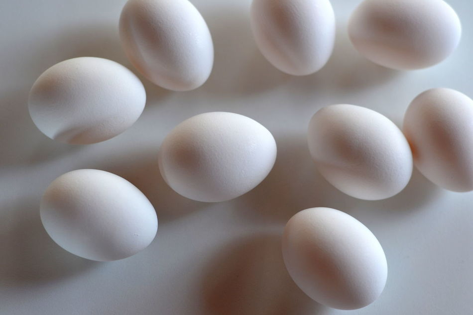 Group of White Eggs Abundance Breakfast Chicken Eggs Close-up Egg Eggs Eggshells Food Full Frame Geometric Shape Ingredient Large Group Of Objects My Favorite Breakfast Moment Nature No People Oval Ovals Repetition White White Color White Eggs Whole Eggs In Shell