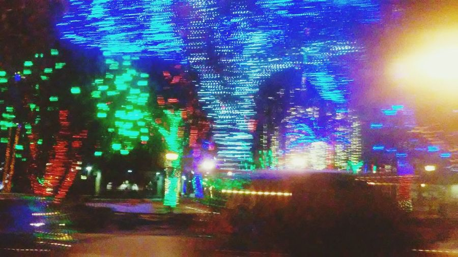 Blurred Motion Glitch Christmas Lights GlendaleGlitters Lovethistimeofyear Nightphotography Life In Motion