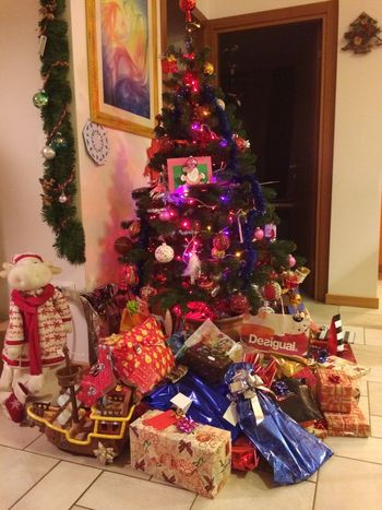 Buon Natale Mary Christmas Christmas Tree Gifts