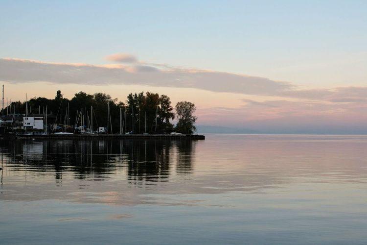 Peaceful Lac