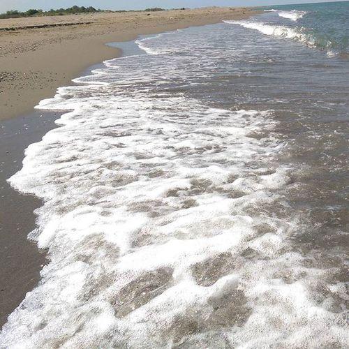 Kimsenin olmadigi bir kumsal, deniz dusun... Aha oradayim... Kumsal Deniz Huzur Beach sea karadeniz travel tour htc vacation color samsun
