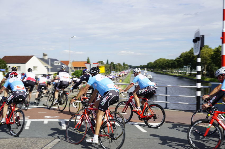 The Ride for the Roses 2018 comes to town Bike Ride Charity Event Fundraising Groene Hart Cancer Research Charity Cycling Fietstocht Ontdeknieuwkoop Ride For The Roses