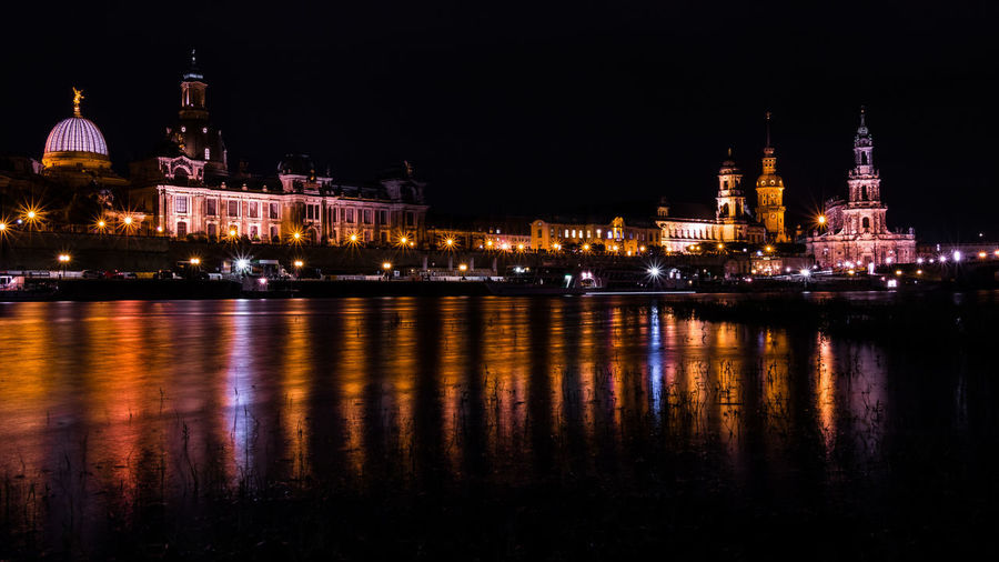 Beautiful Dresden at night... EyeEm Best Shots The Week on EyeEm Architecture Building Exterior Built Structure City Dome Eye4photography  Illuminated Night No People Outdoors Place Of Worship Religion River Sky Spirituality Travel Destinations Water Waterfront
