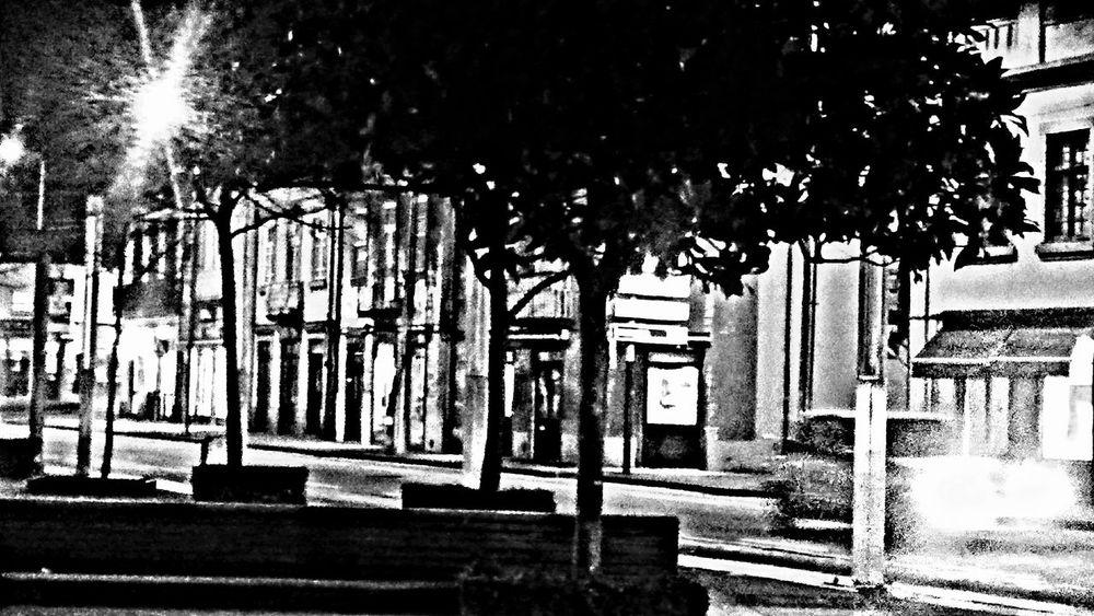 My city by night City Lights Shadows Blackandwhite Car Nigth  Eyeemphoto Valongo Portugal