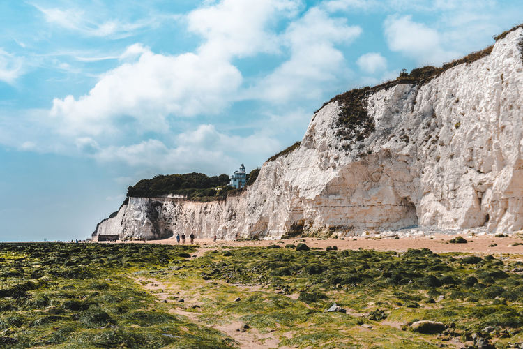 Cliffs Cliff Beautiful Margate Landscape Nature Colours Of Nature Cloud - Sky Sky Copy Space Tree Water Mountain Sky Grass Cloud - Sky Landscape Growing Countryside Rock Formation Calm Geology Rocky Mountains
