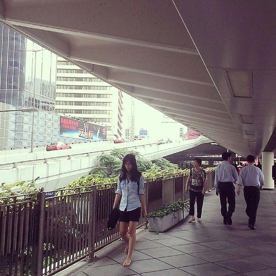 2 ways Hklife HongKong Localizz Instapic road