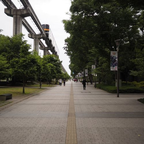 Outdoors Streetphotography Streetview Vanishing Point Taking Pictures 消失点 Taking Photos Monorail  Cloudy