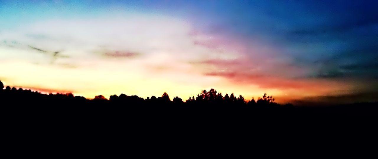 New Years Resolutions 2016 Handy Photo Rising Sun Rise And Shine Sunrise Sunset Silhouettes Sun Sunset #sun #clouds #skylovers #sky #nature #beautifulinnature #naturalbeauty Photography Landscape [a:1100836] Sunrise_sunsets_aroundworld Sunrise_Collection Sunny☀ Sun Set Sunshin Handypics HandyPicture Handyphoto Handycam Handy Handyshot Handyfoto🌾 Sonnenaufgang Sunrise... Sunrise Silhouette Sunrise N Sunsets Worldwide  Sunrise Colors Sunrisephotography