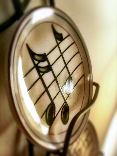 Music Notes Plate