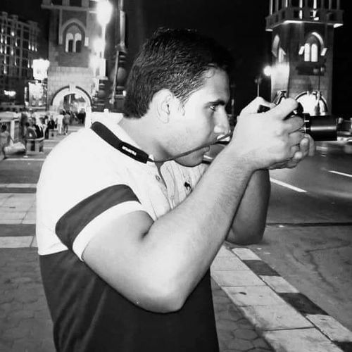 One Person Lifestyles EyeEmNewHere Mycamera Photoshoot Photographer The Pest