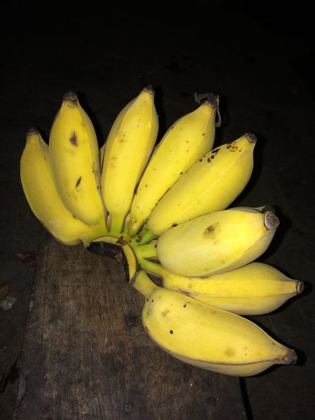 Banana Banana Fruit Banana Healthy Eating Food And Drink Yellow Food Freshness Banana Peel Ripe High Angle View Close-up Bananas Banana Fruit Banana Slug Fruits Fruits ♡ Fruit Photography Fruits And Foods Fruitphotography Fruits Photography