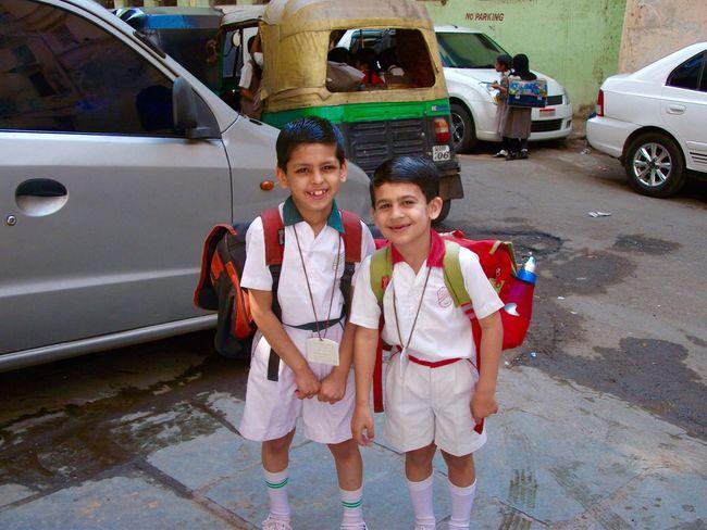 School Uniforms Around The World Little Boys School Friends India Primary School Smart Rucksack Smiling :) Happy Surat City Boys Boys Boys Waiting Morning Shortsandtshirt Background Girls Badge Outside Photography Outside Rikshaw Autorikshaw
