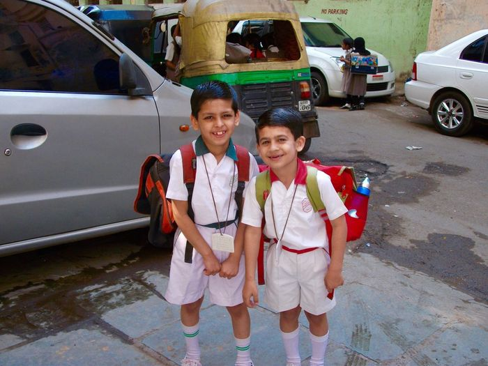 School Uniforms Around The World Little Boys School Friends India Primary School Smart Rucksack Smiling :) Happy Surat City Boys Boys Boys Waiting Morning Shortsandtshirt Background Girls Badge Outside Photography Outside Rikshaw Autorikshaw