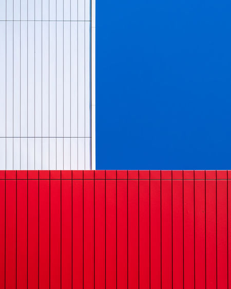 Minimal Fujix_berlin Minimalism Minimalist Photography  Ralfpollack_fotografie Pattern Blue No People Architecture Day Sunlight Wall - Building Feature Built Structure Red Copy Space Building Exterior Sky Clear Sky Backgrounds City Outdoors Modern Building