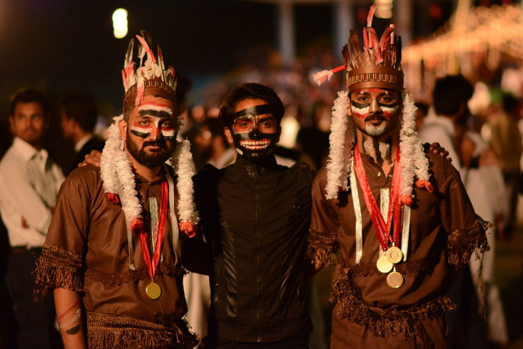 Dancing Carnival - Celebration Event Nightclub Costume Mask - Disguise Superhero Traveling Carnival Eye Mask Venetian Mask The Portraitist - 2018 EyeEm Awards