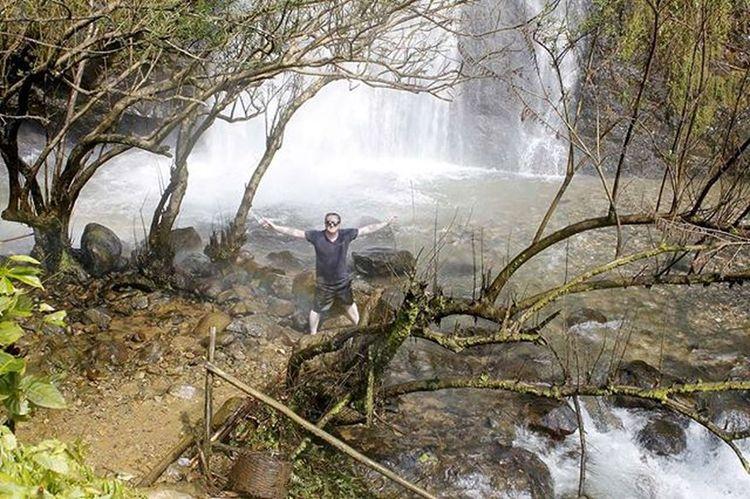 Kaengnyuiwaterfall Waterfall Waterfalls Water Vangvieng Laos Vientianeprovince Southeastasia Lifeasiseeit Johnnelson Beautyoflaos