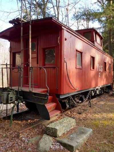 Old Railcar Old Railway Car Railroad Love Railphotography Rail Road Vintage From My Point Of View Railways_of_our_world Fun Finds History Through The Lens  The Purist (no Edit, No Filter) One Of My Favorite Things Train Tracks Tiny House  Cool Living Bold who doesn't want to live in an old rail car? this would be the perfect weekend getaway!