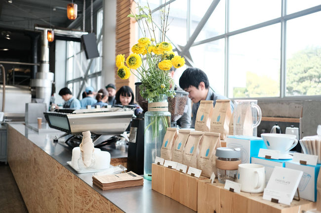ブルーボトルコーヒー東京/Blue Bottle Coffee, Tokyo Blue Bottle Coffee Cafe Fujifilm FUJIFILM X-T2 Fujifilm_xseries Japan Japan Photography Tokyo Tokyo,Japan X-t2 カフェ ブルーボトルコーヒー 喫茶店 清澄白河