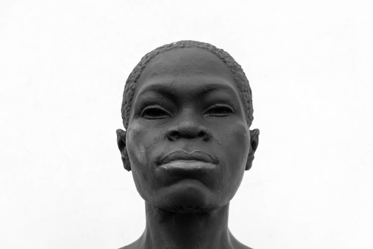 EyeEm Best Shots Eye4photography  EyeEm EyeEm Best Pics Close-up Bnw Blackandwhite Black And White Black & White Blackandwhite Photography Monochrome Africa African Art Woman Portrait Headshot Front View Statue Sculpture White Background Human Face Young Adult One Person