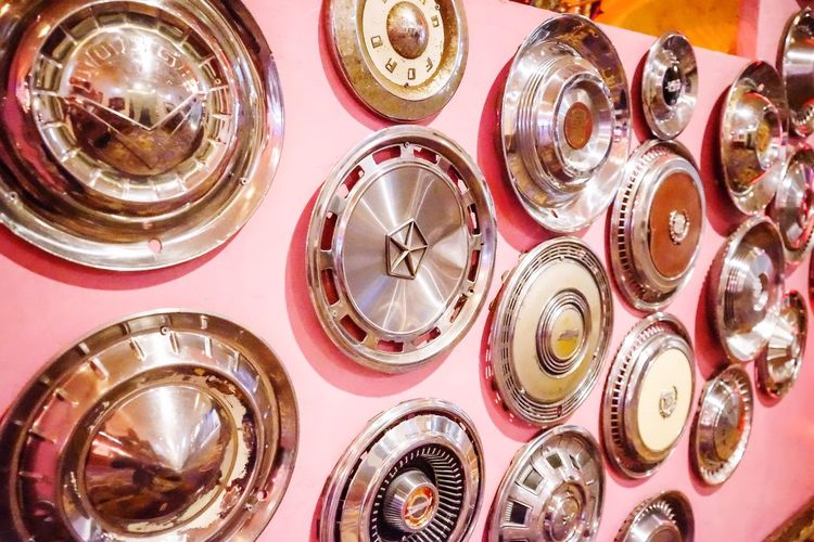 A collection of old hubcaps on a wall in Las Vegas EyeEm Masterclass EyeEm Abstract Eyeemphotography EyeEm Best Edits EyeEm Selects EyeEm Gallery EyeEm Best Shots CreativePhotographer Artistic ArtWork Art Is Everywhere Las Vegas Nevada Las Vegas Las Vegas Car Parts Car Porn Car Point Of View Hubcap_selfie