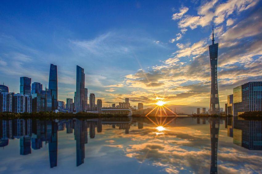 好心情(1) Reflection Sky Architecture Water Building Exterior Built Structure City