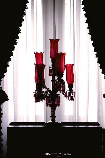 Kings Palace Palace Queen Tv Room Lamp Black And Red Red Black Indoors  Curtain Window Iran