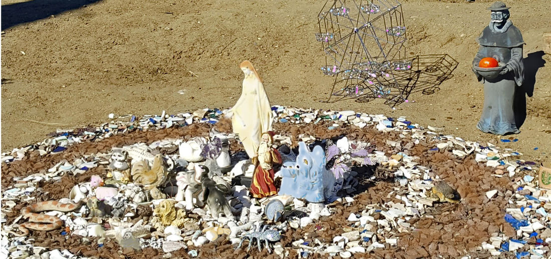 Art Installation Broken Ceramic Ceramic Animal Day Large Group Of Objects Tribute Where's Waldo Style