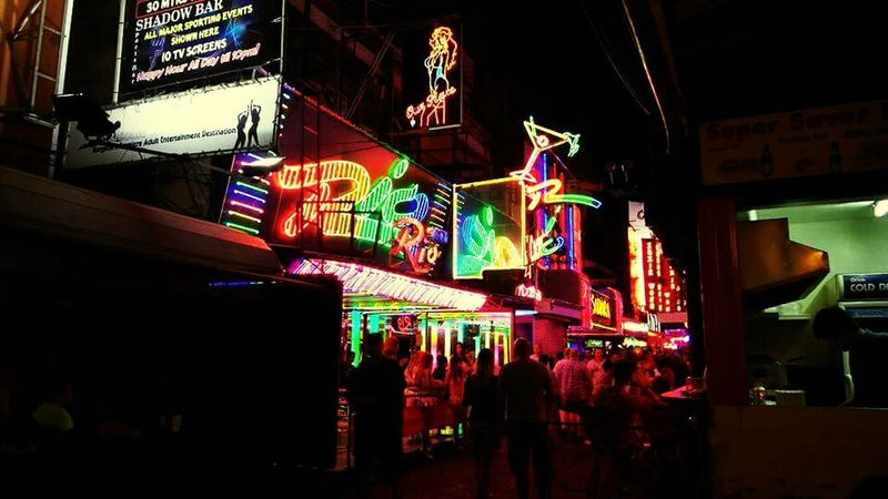 Life with Light. Nightlife Streetphotography All The Neon Lights Bangkok Lifestyle Sidewalk Hanging Out Colorful
