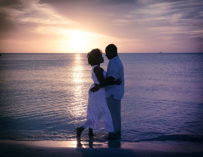 Couple Sunset Love Beach Beauty In Nature Sky Silhouette Cloud - Sky Outdoors Portrait Togetherness Carribean Turks And Caicos Vacation Travel Destinations EyeEm Best Shots