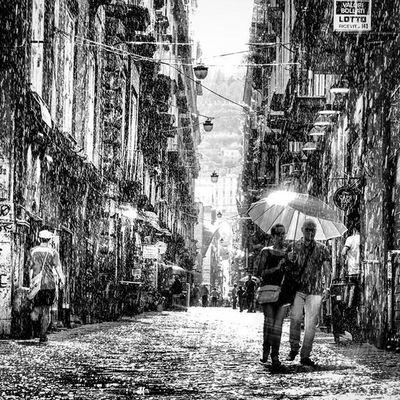 Chist'è 'opaesed' 'osole Anche quando piove :-) Napoli via dei librai ,sole a catinelle Napolipix Napoli Napoliphotoproject Vedinapoliepoimuori Quannopiove Ig_contrast_bnw Ignapoli i Ig_asti_ Viadeilibrai Scaturchio Rain RainAndSun Bnwitalian  Excellent_bnw Ig_worldbnw Vivobnw Ig_biancoenero Umbrella Pioggia Pioggiaesole _world_in_bw Dsb_noir Eranoir Bnwitalian  Excellent_bnw ig_worldbnw igclub_bnw loves_noir igs_bnw ig_contrast_bnw master_in_bnw top_bnw tv_pointofview_bnw allblackcommunity