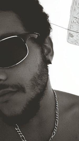 Faça Amor, Não Faça A Barba EyeEmBrasil Fuck Love Só Agradece That's Me Gangster Weed Jah Reggae Black Power pensamentos vão como o vento.