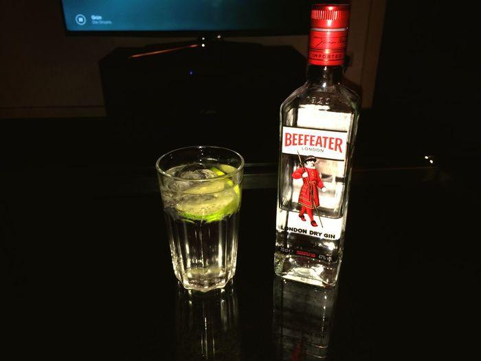 Chillin' like a villain! Hanging Out Relaxing Gin Tonic Beefeater Derbe Hammbusch First Eyeem Photo