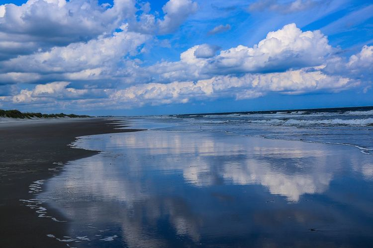 Clouds will always have a story to Tell Sky Cloud - Sky Water Sea Scenics - Nature Beauty In Nature Nature Tranquility Horizon Over Water Reflection Beach Tranquil Scene