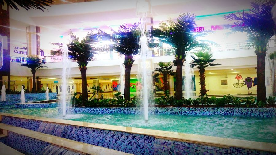Such a refreshing view inside a mall. Hanging Out Fountains Water_collection Relaxing Chilling Enjoying Life Hello World Jeddah_ksa Wheninjeddah IctSnaps Mobilephotography