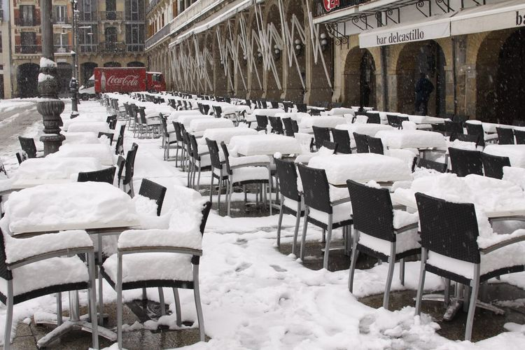 City Seat Snow Cold Temperature Chair