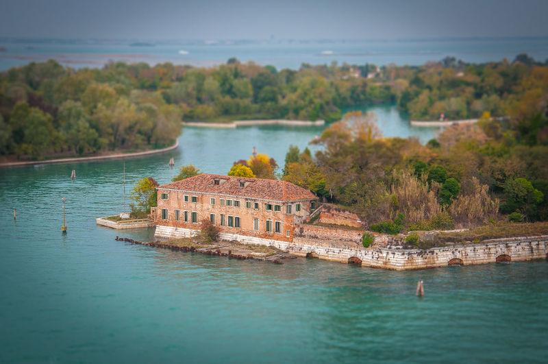 Certosa island
