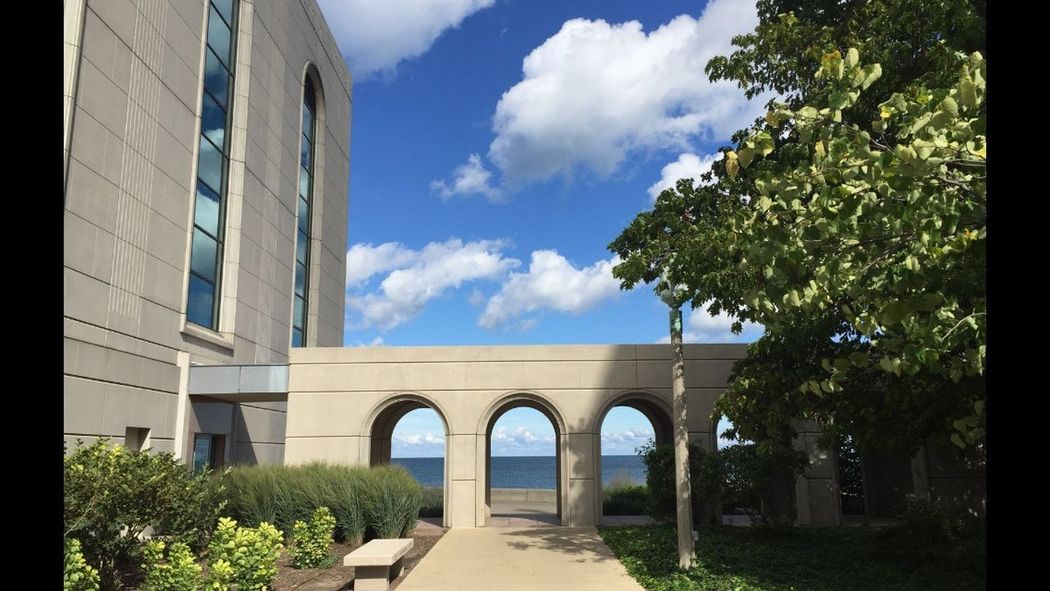 Loyola University Campus, Edgewater/ Rogers Park, Chicago. Since 1870. Beautiful right next to Lake Michigan. Architecture Built Structure Arch Travel Destinations Architectural Column Outdoors Cityscape Waterfront Chicago Pspauly63