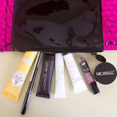 Finally up on my beauty channel. Check it out to see my thoughts and first impression. Ipsy Alterego Octoberglambag MicaBeautySide Thebalmside Avenefashion CoastalScentsSide Ayresside Thebalmcosmetics Coastalscents Makeup Beautyblogger Bbloggers Cosmetics Beauty Makeuplover POTD Haul Japan @ipsy Jouer @thebalm_cosmetics Balmbeauty @jouercosmetics Mica Micabeauty