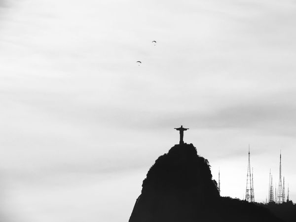 My rio de janeiro in many scenes... Air Vehicle Airplane Animal Themes Architecture Beauty In Nature Bird Building Exterior Built Structure Colors Crito Redentor Day Flying Landscape Mid-air No People Outdoors Rio De Janeiro Rio De Janeiro Eyeem Fotos Collection⛵ Silhouette Sky Sun Rays Sunlight Sunset Tree Vacation