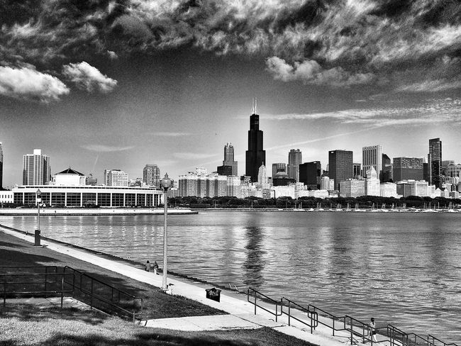 Chicago skyline Chicago Chicago Skyline Chicago Architecture Downtown Chicago Skyline Scenic EyeEm Best Shots - Landscape Landscape Landscape_Collection Eye4photography  Sheddaquarium Chicago Illinois Scenic Landscapes Black And White Photography Landscape_photography Scenics America Landscapes Cityscapes City Life Black & White Black And White Cityscape Landmark Lakefront