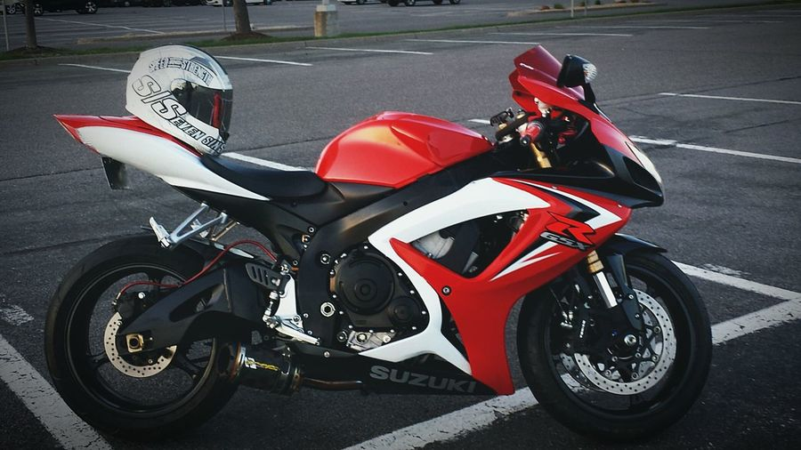 Gsxr Hello World Minnesota Enjoying Life 2 Wheel Fam Bout That Bike Life Gixxer Life On 2 Wheels Stunts Of Anarchy Suzuki GSX-R 600