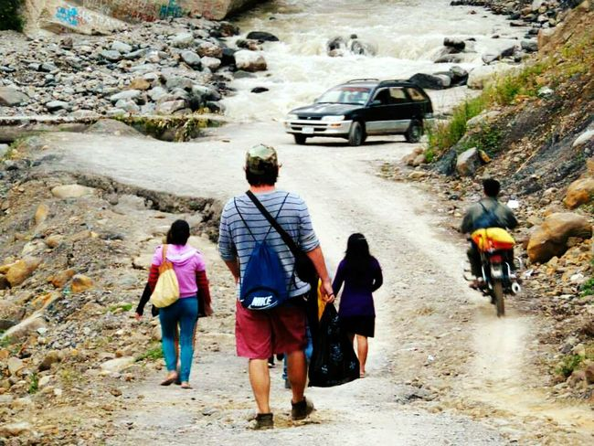 Finding New Frontiers Bolivia Travel Photography Walking People Destinorural Cochabamba_Bolivia Vacations Day Nature