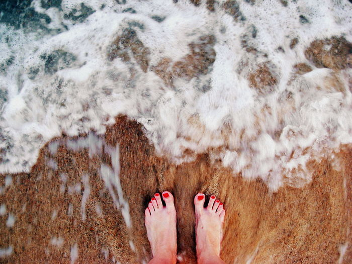 Beach Life Feet Feet On The Beach Feet On The Ground Movement Movement Photography Red Nail Polish Red Nails Sea And Sand Summer Feet