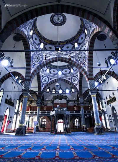 Ulu camii.. BismillahirrahmanirrahimKutahyada Kütahyalı Kütahya Faces Of EyeEm EyeEm Gallery Popular Photos Turkey First Eyeem Photo Popular Photo Cami Faces Of Eyem Eeyemgallery Hello World