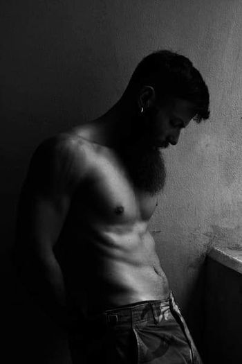Matteo Blackandwhite Bnw Monochrome EyeEm Best Shots Black And White Mood EyeEmBestPics Model Beard Portrait People One Person Human Back Back Shirtless Side View Standing Masculinity Abdominal Muscle Body Building Human Muscle The Portraitist - 2018 EyeEm Awards Flexing Muscles Macho Bicep Torso