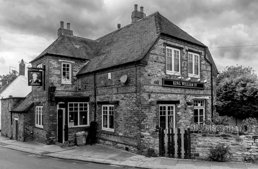 The King William IV, Kingsthorpe, Northampton Northampton Northampton Pubs Architecture Black And White